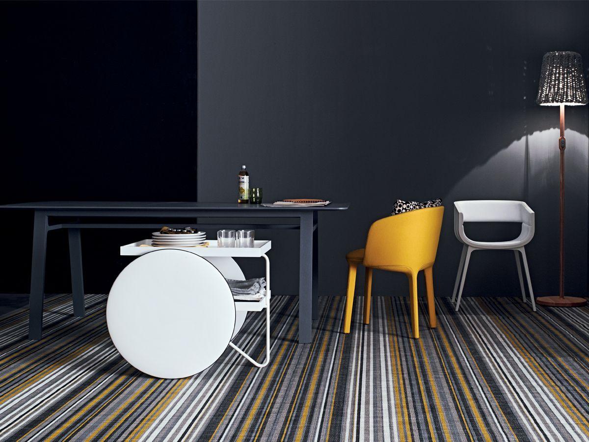 chariot il tavolino carrello di casamania arredare con stile. Black Bedroom Furniture Sets. Home Design Ideas