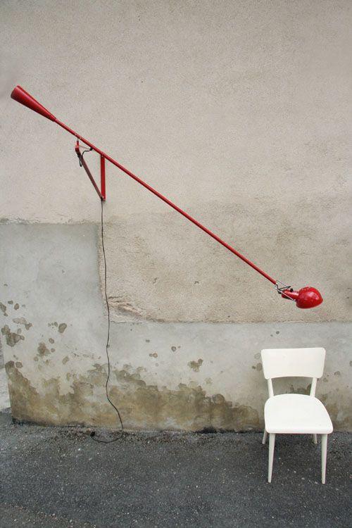 Lampada a parete 265 di flos con braccio orientabile for Flos lampade prezzi