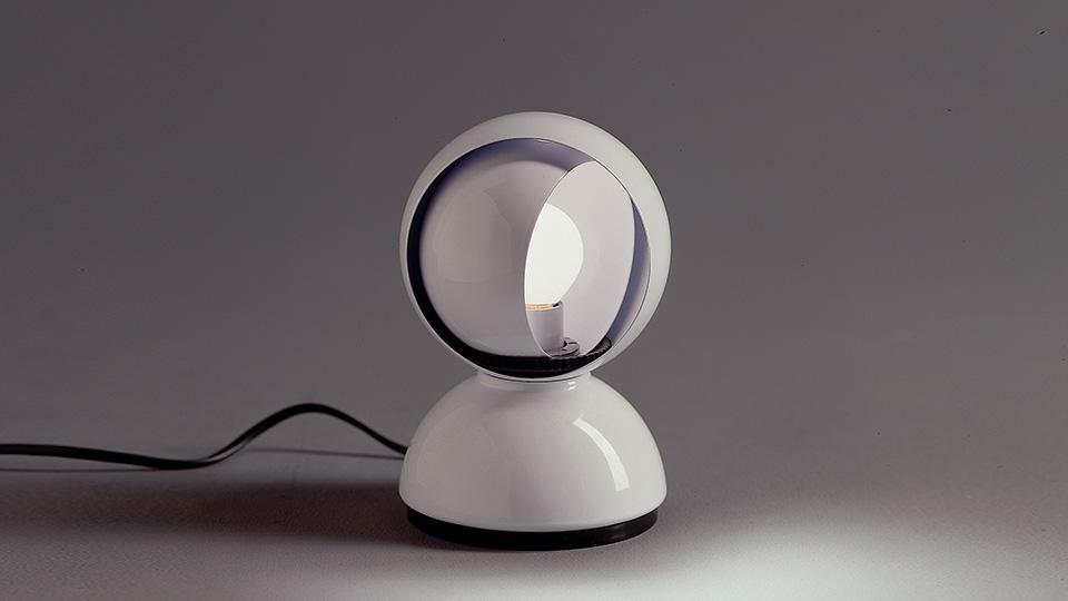 Lampada da tavolo eclisse di artemide arredare con stile
