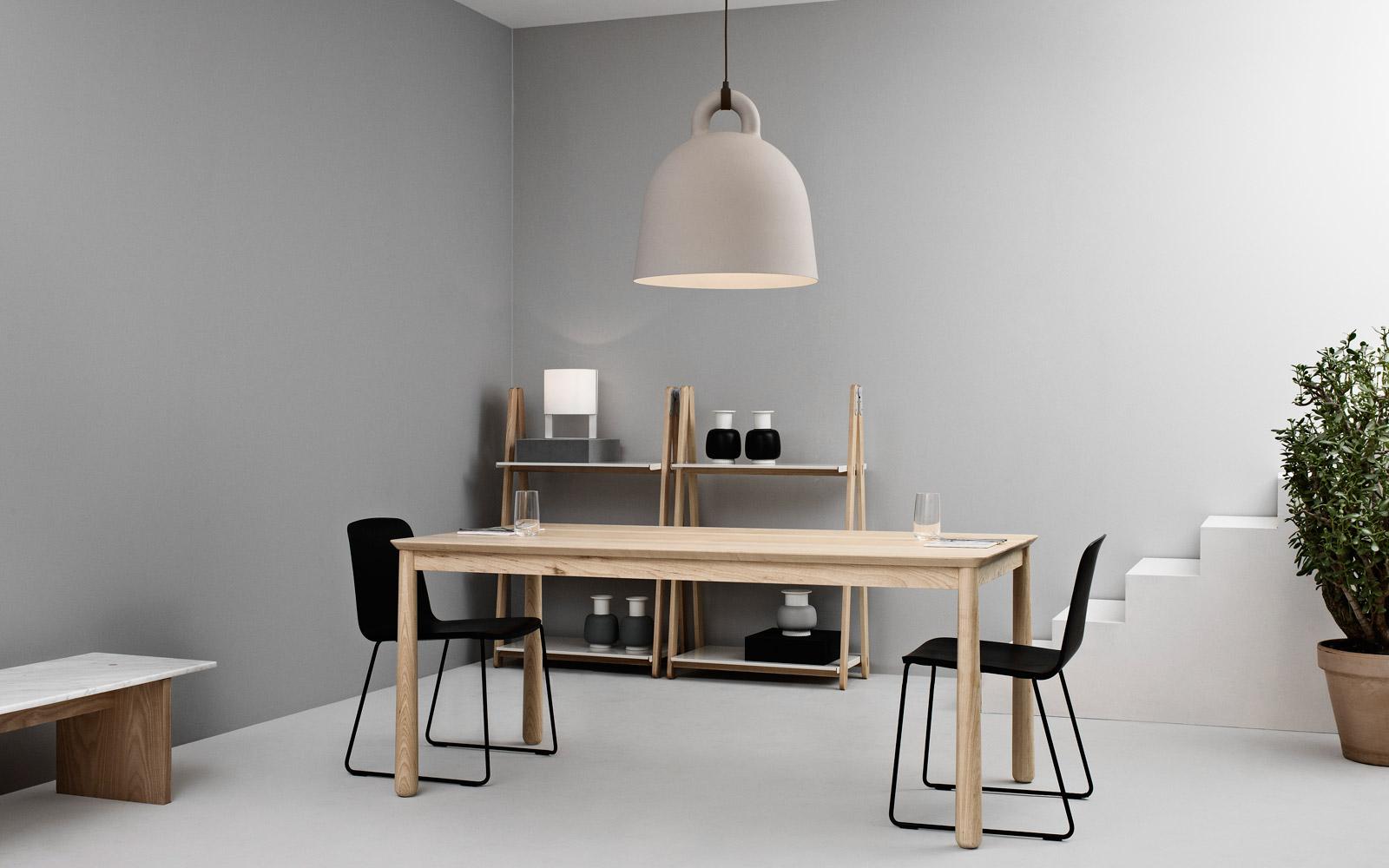 bell la lampada dalla forma iconica by normann copenhagen arredare con stile. Black Bedroom Furniture Sets. Home Design Ideas