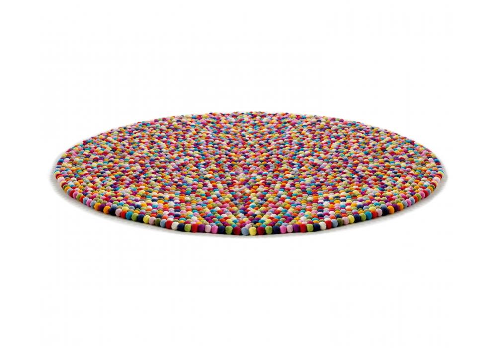 Pinocchio il tappeto che mette allegria del marchio danese hay arredare con stile - Ikea tappeti rotondi ...