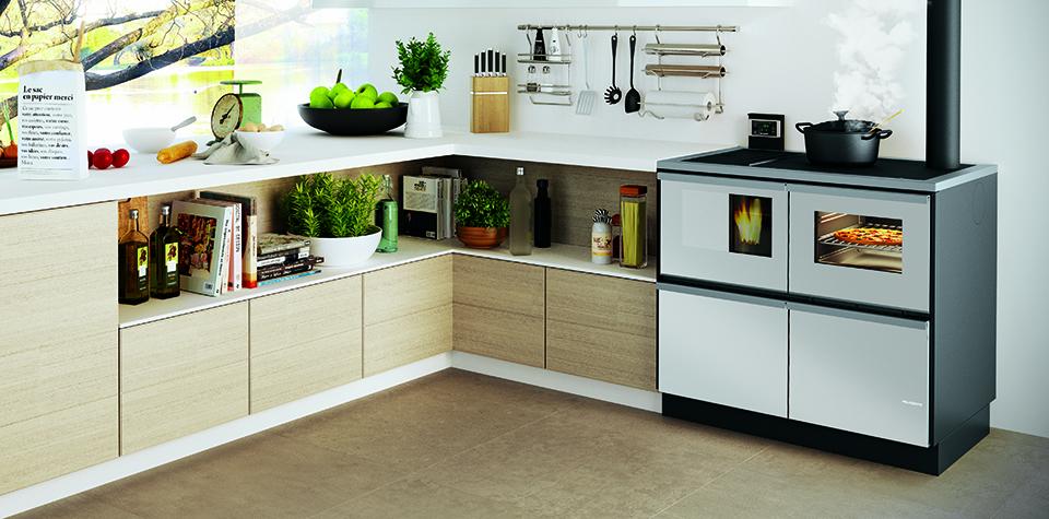 Bella la cucina a pellet che riscalda la casa by for Cocinas economicas pellets