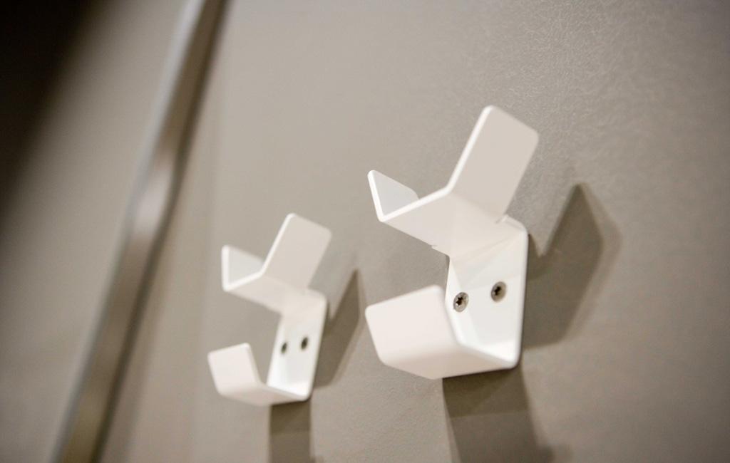 Gli accessori design per il bagno qgini di antonio lupi for Ganci bagno design