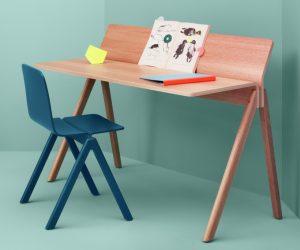 La scrivania plywood CPH190 di Hay