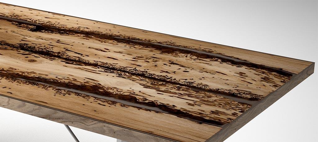 Dettaglio piano in legno di briccola e resina tavolo for Tavolo legno resina