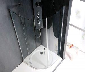 Un esempio di doccia salva spazio a quarto tondo