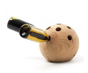 Winebowl: un portabottiglie moderno in legno di cedro