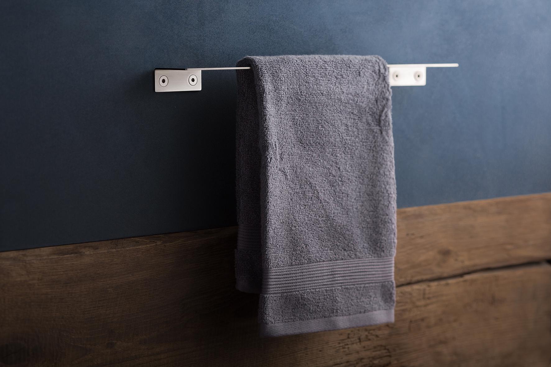 Accessori per il bagno in acciao inox minimal mai banali for Portasalviette bagno design