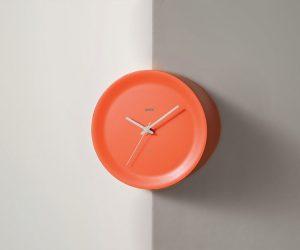 Ora In e Ora Out: gli orologi a spigolo di Alessi