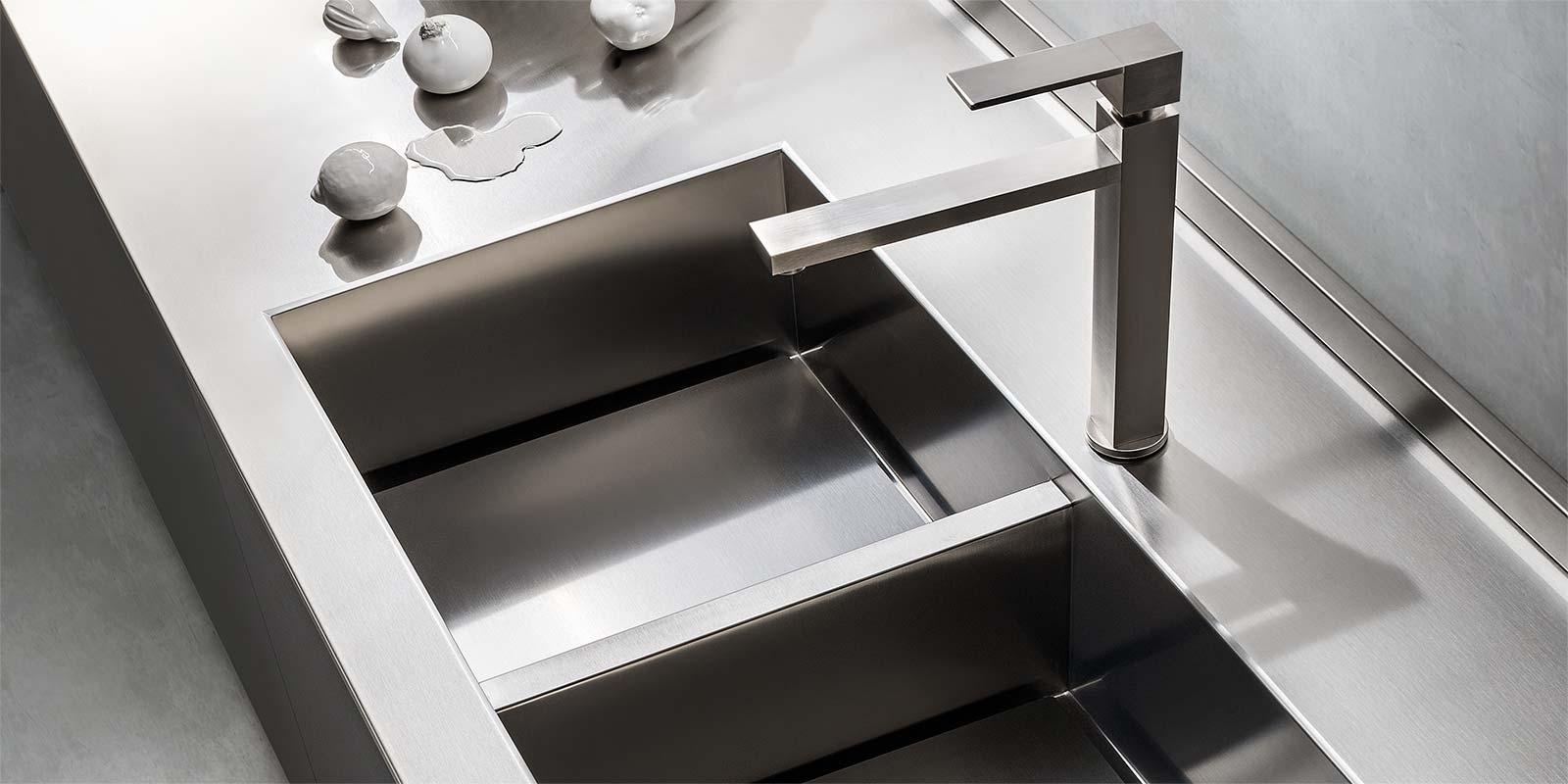Emejing top cucina inox pictures - Piano cucina acciaio ...