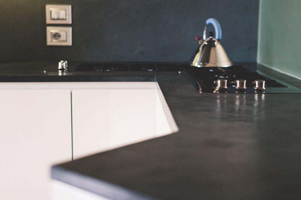 Top cucina quattro soluzioni per renderla unica arredare con stile - Top cucina pietra naturale ...