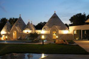 In Puglia un villaggio di trulli completamente ristrutturato