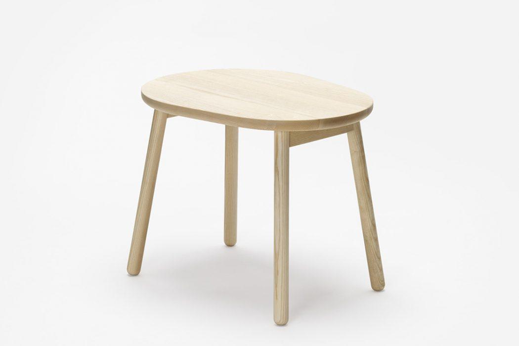 Tavolino o sgabello zilio a c presenta pebble arredare for Tavolino sgabello